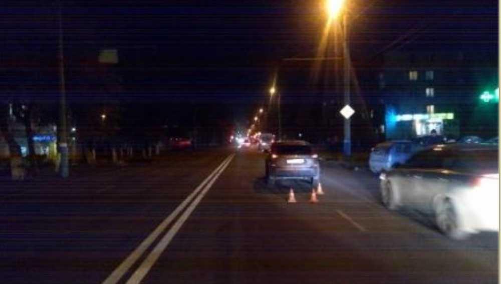 В Брянске на Литейной Lada покалечила перебегавшего дорогу школьника