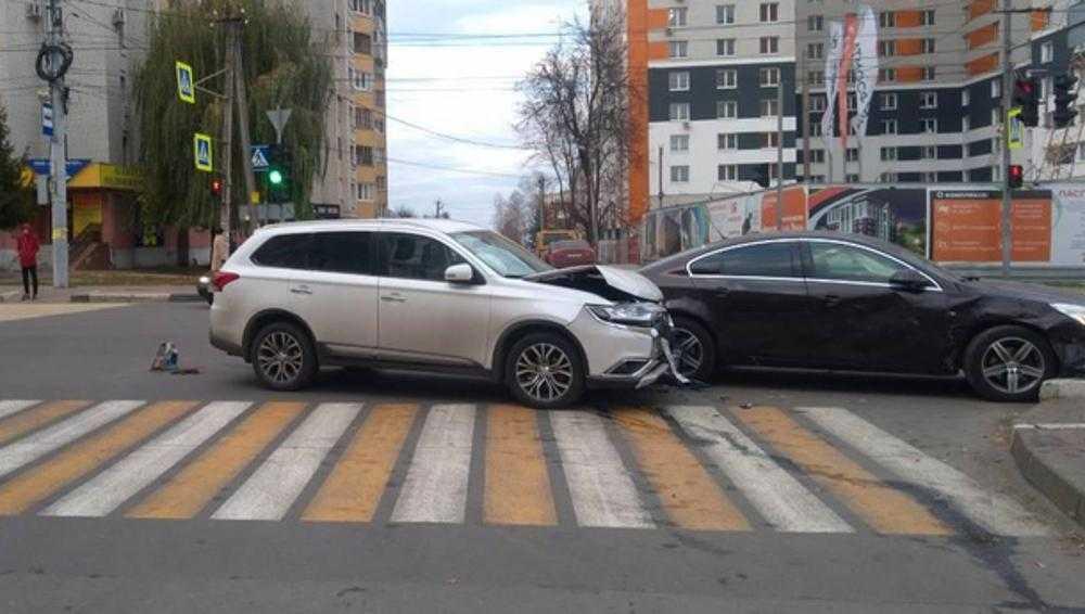В Брянске в ДТП на улице Дуки пострадал один из водителей