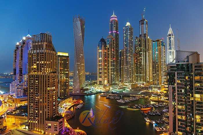 Почему Дубай нужно обязательно увидеть ночью: уникальная подсветка, преимущества вечерней прогулки