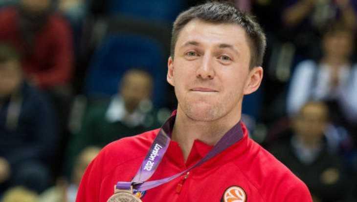 Брянский баскетболист Фридзон перевёл детскому фонду полмиллиона рублей