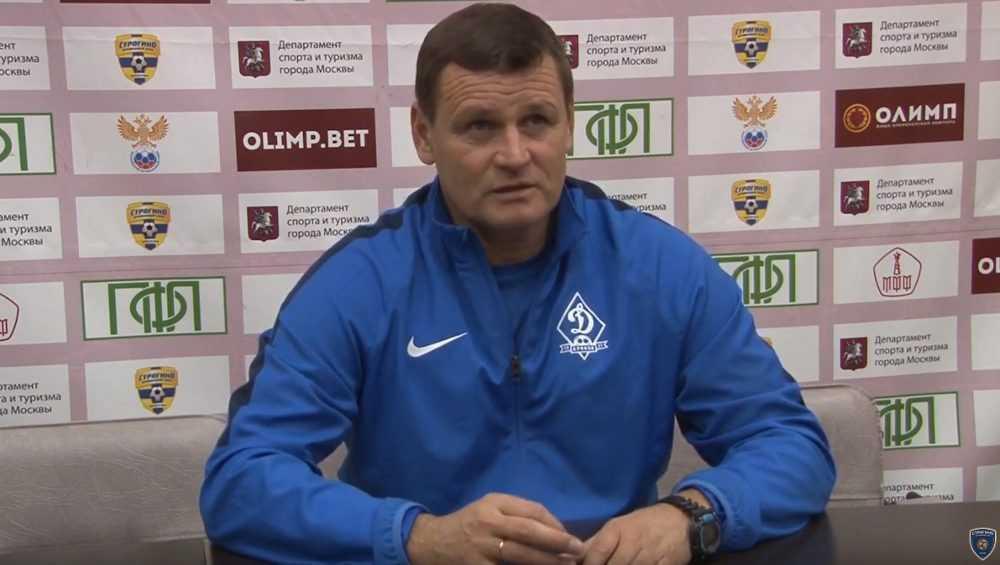 Тренер брянского «Динамо» стал лучшим футбольным наставником в октябре