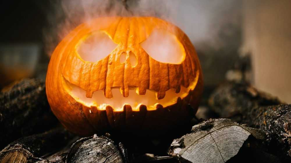 «Милый праздник»: как россиян приучают к гнилым тыквам Хэллоуина