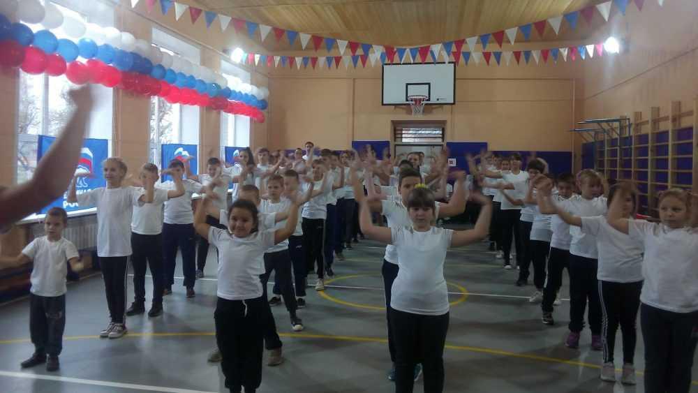 В школе села Катичи открылся отремонтированный в рамках партпроекта спортивный зал