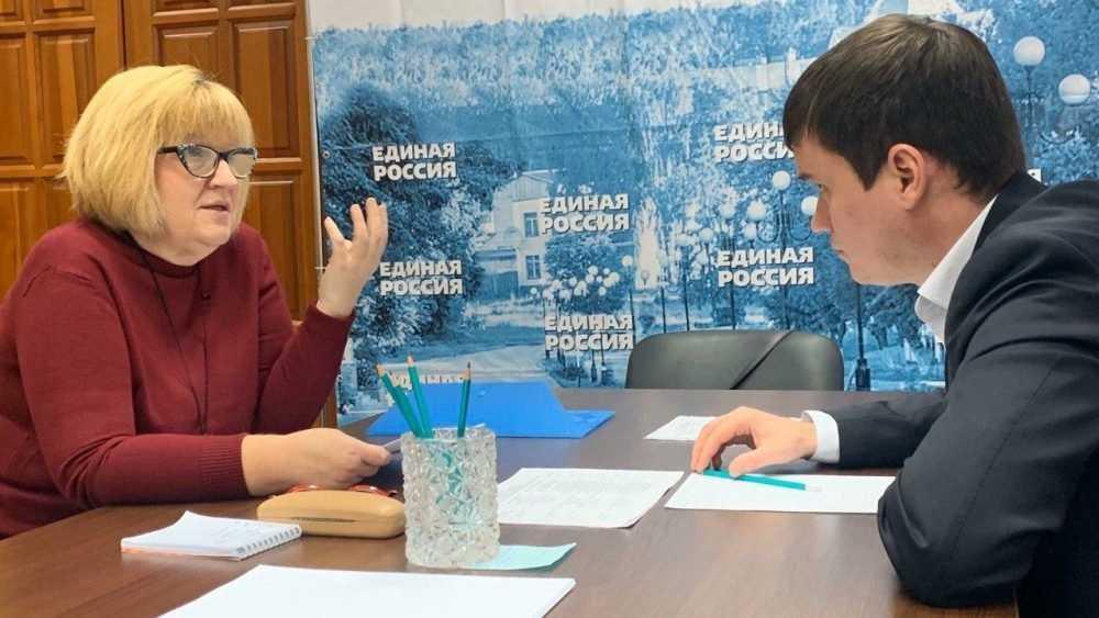 Сергей Перепелов оказал содействие дятьковским спортсменам в проведении турнира по кикбоксингу
