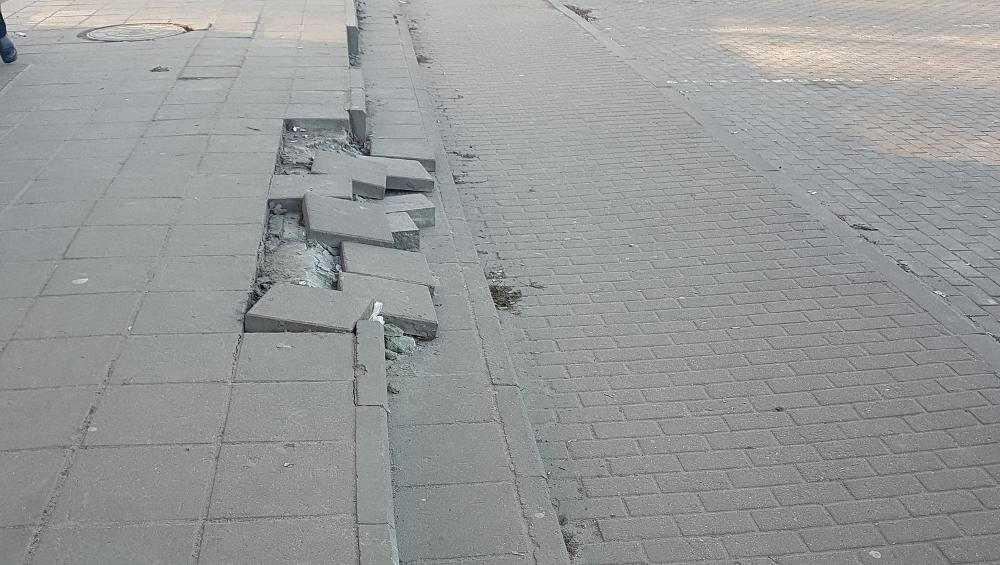 Жителей Брянска поразила разруха в торговом центре Коломейцева