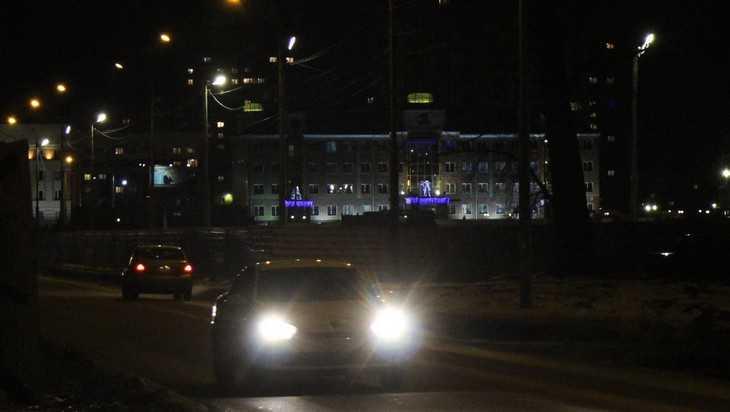 Брянск первым в России выиграл суд по поводу тусклых фонарей
