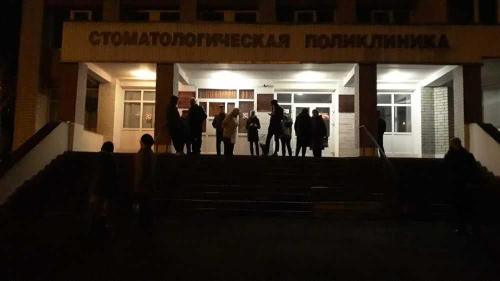 Жителя Брянска поразила ночная очередь в поликлинику