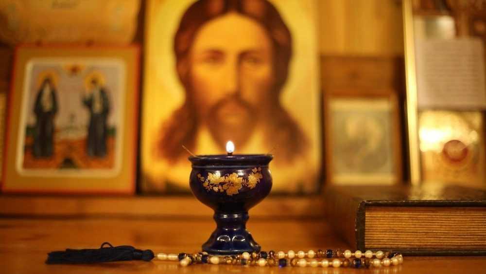 Брянцев пригласили в кафе на встречу со священником