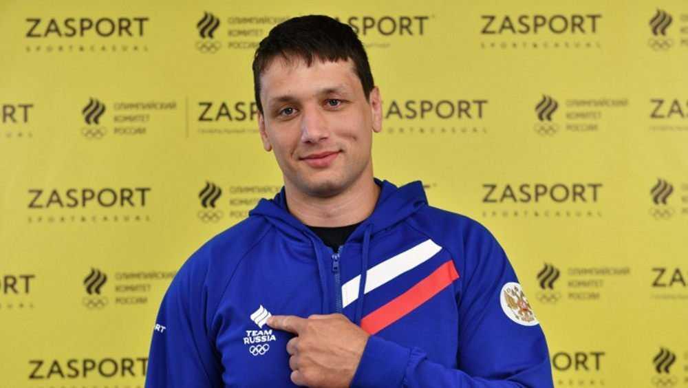 Брянский самбист Артём Осипенко порвал мышцу и пропустит чемпионат мира