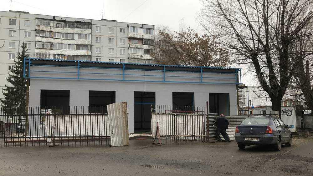 Бывший депутат Брянской думы отпилил себе участок земли для магазина