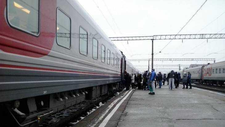 Под Навлей потушили пожар в поезде Москва – Киев