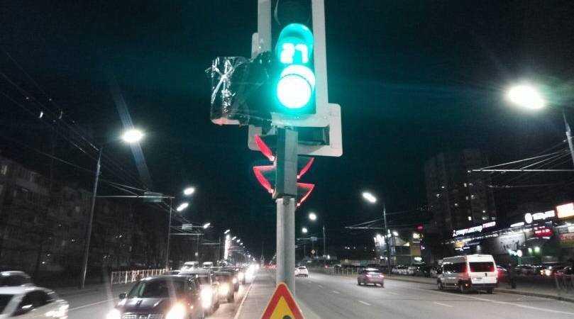 В Брянске водителей изумил запрет поворачивать в переулок Пилотов