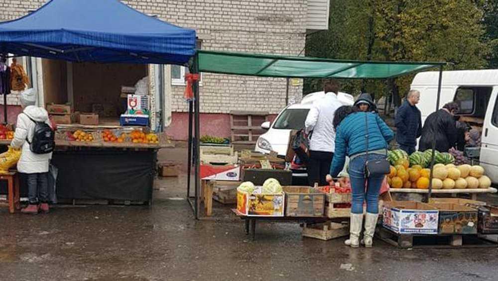 В Брянске центр Бежицы очистили от незаконных торговцев и автомоек