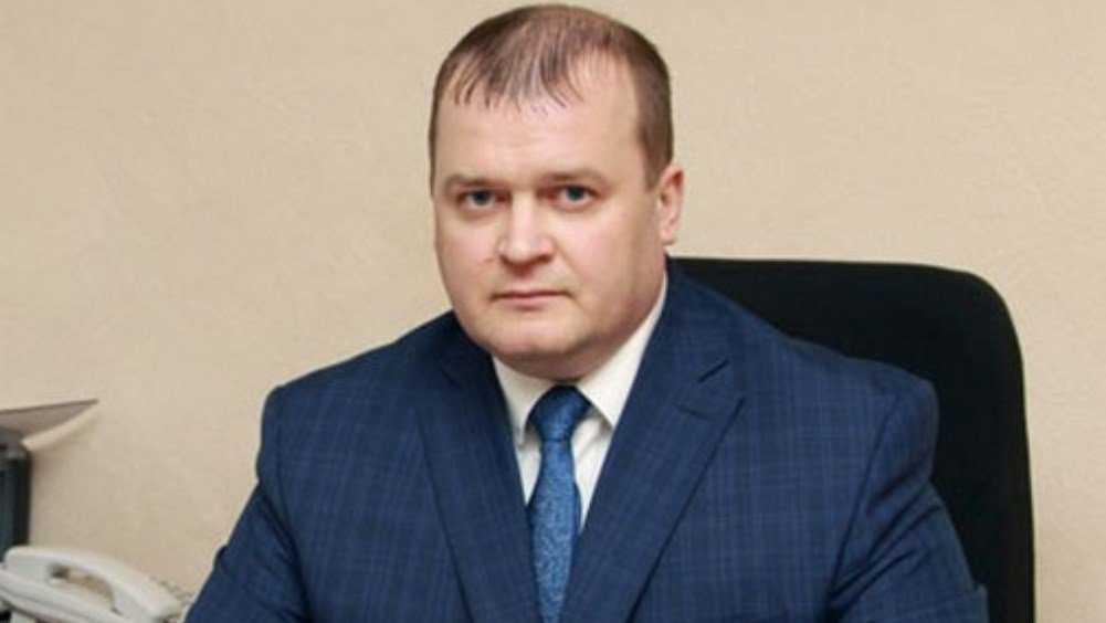 Чиновника администрации Брянска Шарова задержали за крупную взятку
