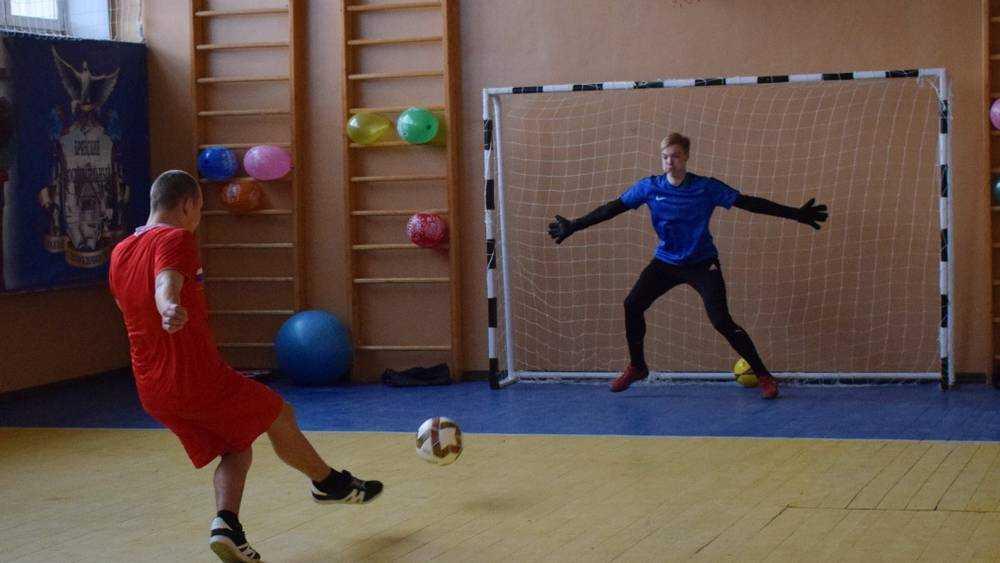 Футболисты брянского «Динамо» отправились в колонию