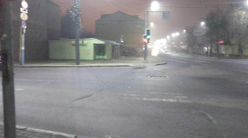 Брянцы пожаловались на слишком суетливый светофор на улице Калинина