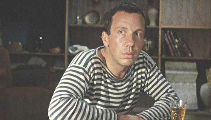 В Брянске бомжа-рецидивиста задержали за кражу кошелька из квартиры