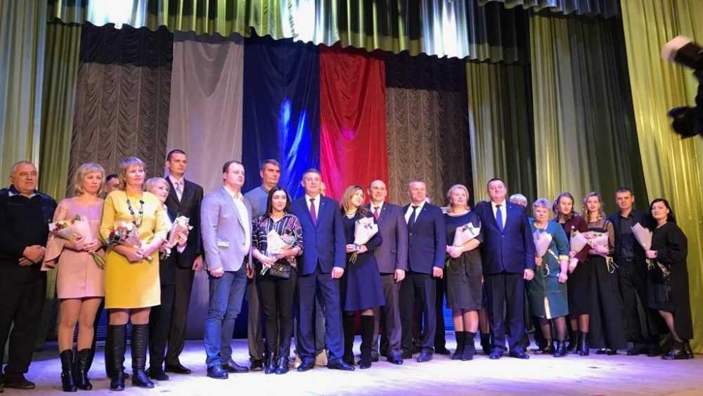 В Клинцах более 250 жителей вступили в партию «Единая Россия»