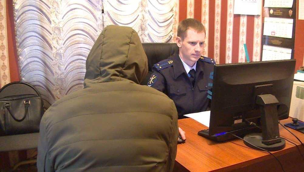 Брянская полиция задержала разбойников, напавших на таксиста в Климове