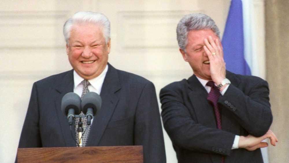 Россиян шокировало предательство Ельцина