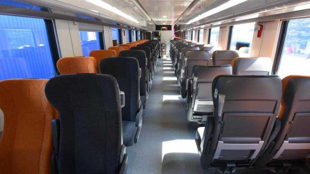 Опубликованы фотографии двухэтажных вагонов поезда Брянск − Москва