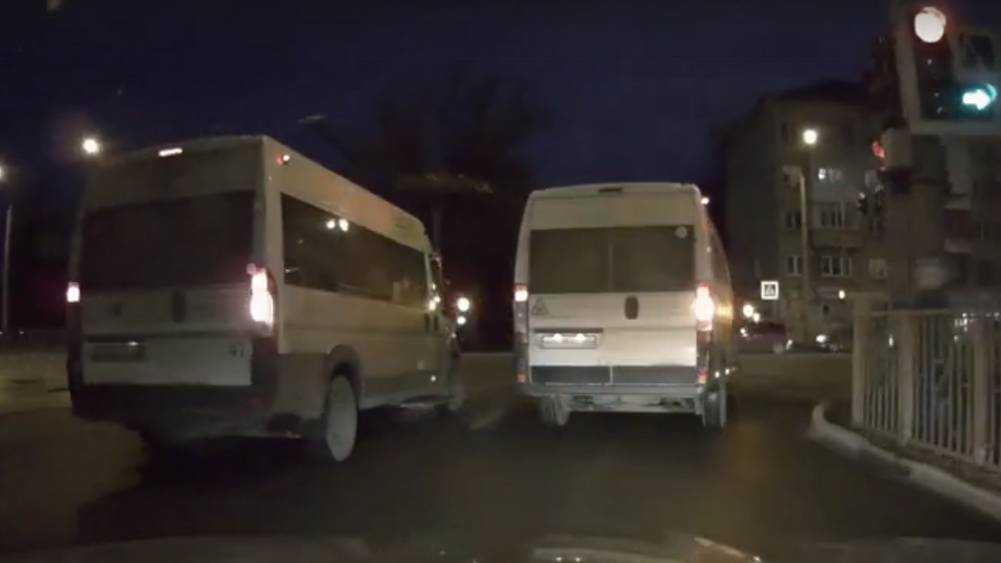 В Брянске сняли видео о погоне маршрутчика за двумя секундами