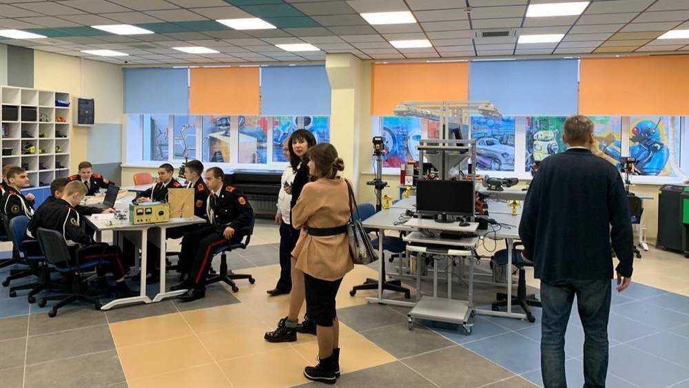 В Брянске открыли детский технопарк «Кванториум»