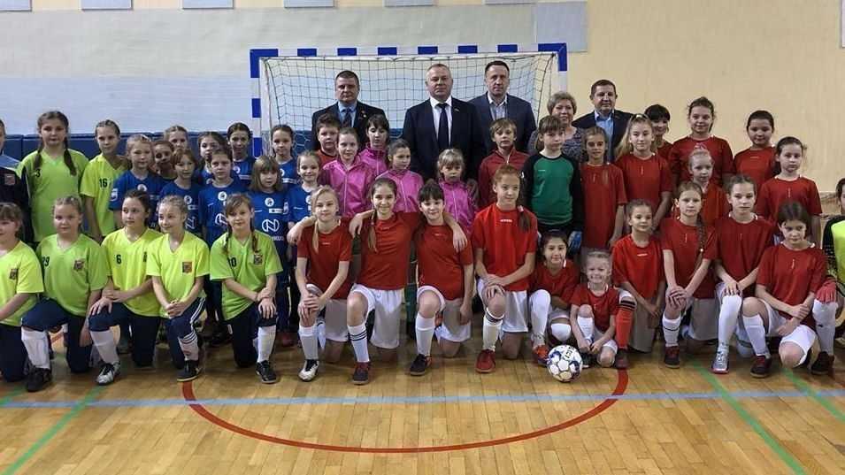 При поддержке Валентина Суббота в Фокино состоялся турнир по мини-футболу