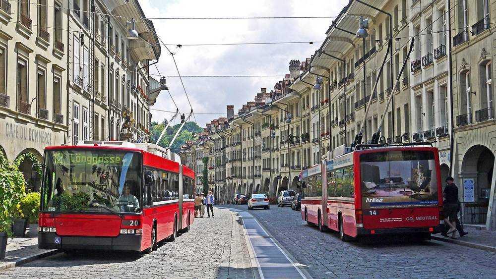 На улицы Брянска выйдут красные троллейбусы