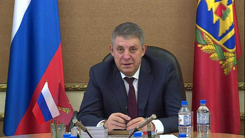 Губернатор Александр Богомаз поздравил брянцев с Пасхой
