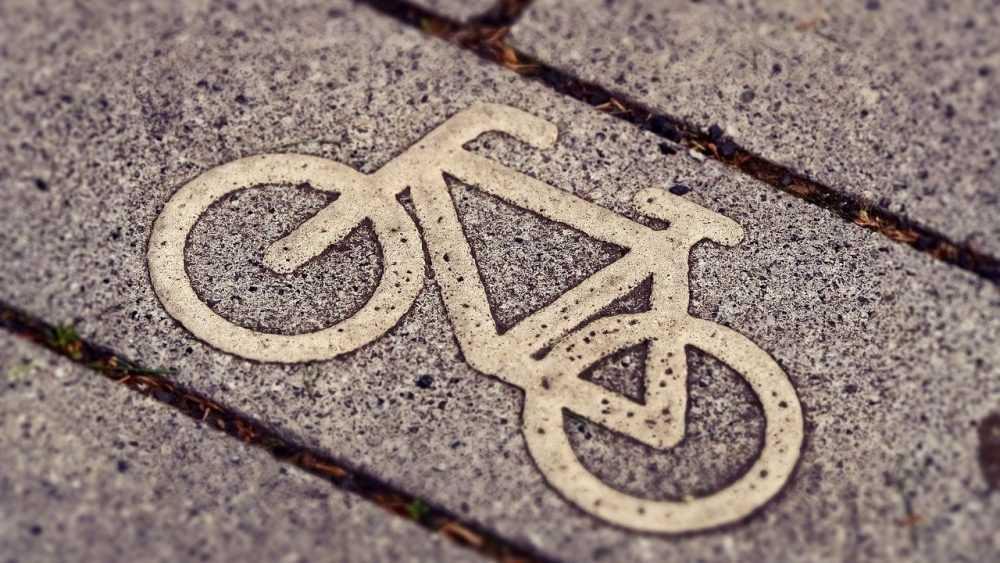 Под Новозыбковом разбился уснувший за рулём пьяный велосипедист