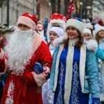 В открытии главной елки Брянска участвовал африканский Дед Мороз