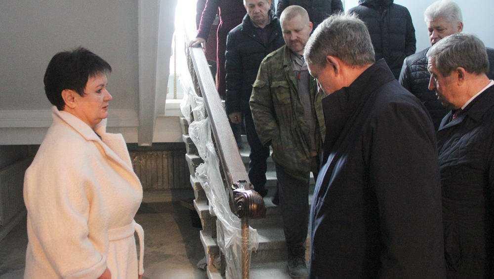 Брянский губернатор оценил качество капремонта ДК БМЗ