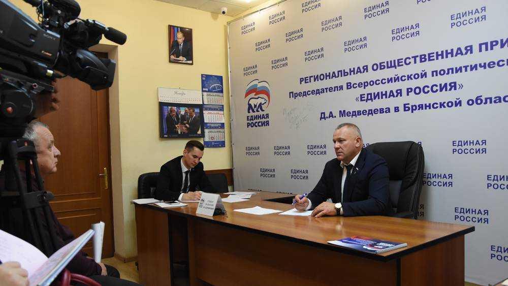 Суббот помог жителю Новозыбкова решить жизненно важные для него вопросы