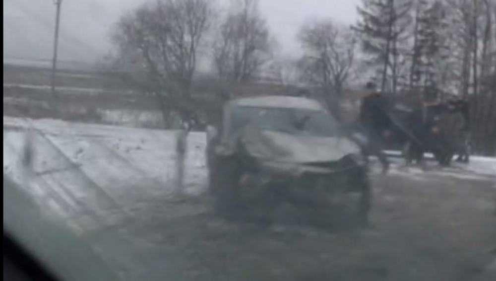 Брянцы сняли видео аварии на месте серьезного ДТП под Овстугом