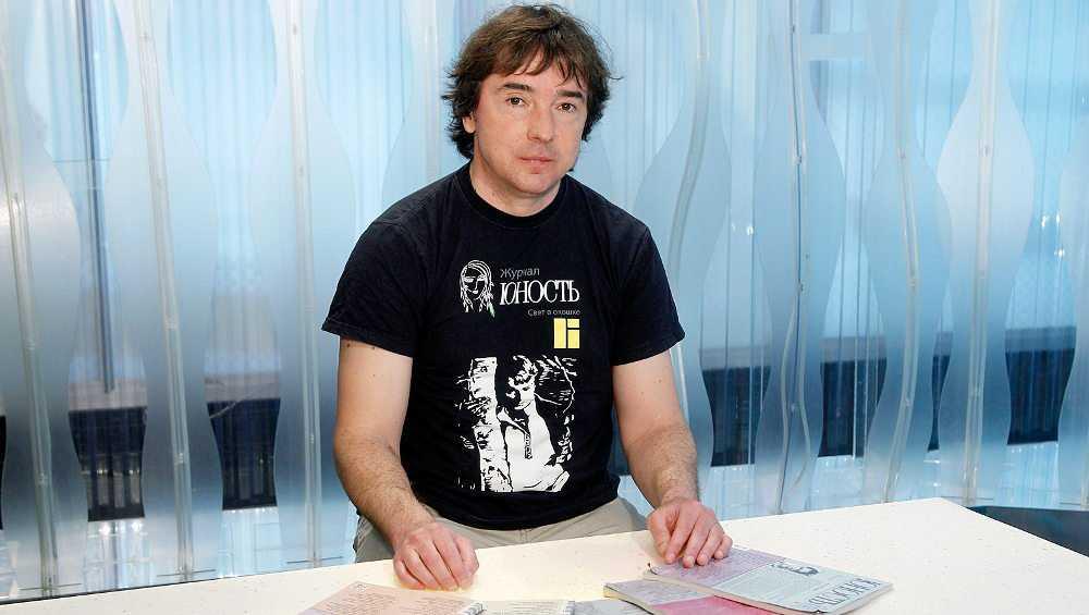 В брянском Овстуге похоронили редактора «Юности» Валерия Дударева