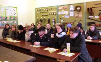 Сотрудники «Брянскэнерго рассказали детям об энергетических профессиях и электробезопасности