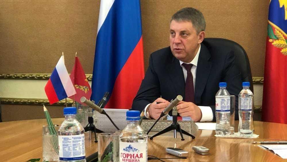 Брянский губернатор заявил об опасениях из-за возможной нехватки коек