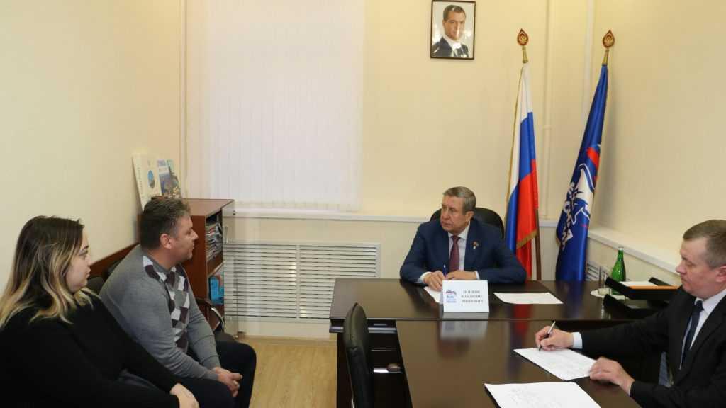 Владимир Попков окажет поддержку семье погорельцев