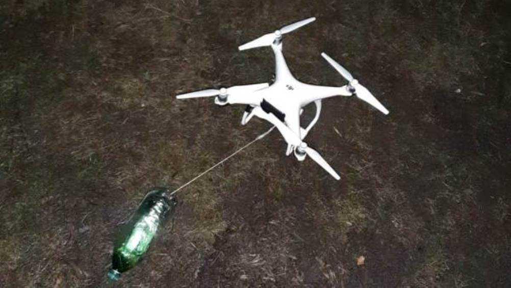 Возле колонии троих брянцев поймали с дроном и мобильниками для зеков
