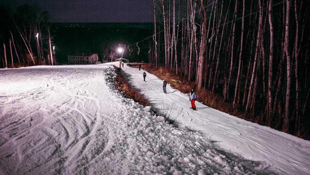 В брянской «Лапландии» открыли горнолыжный сезон