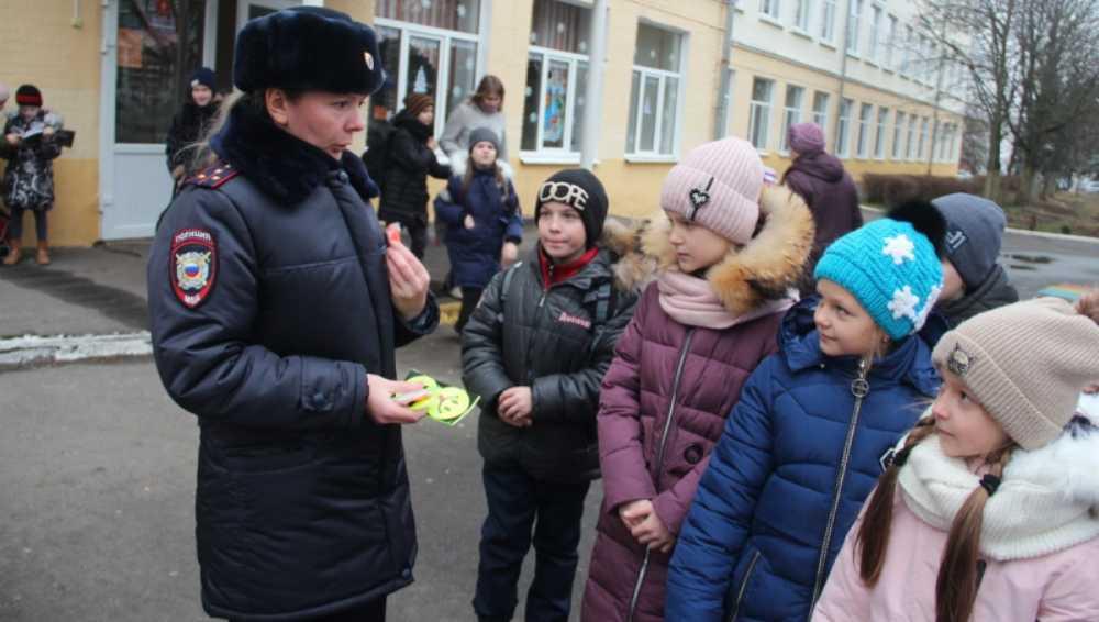 Брянская полиция за 2 недели задержала 400 подростков-нарушителей