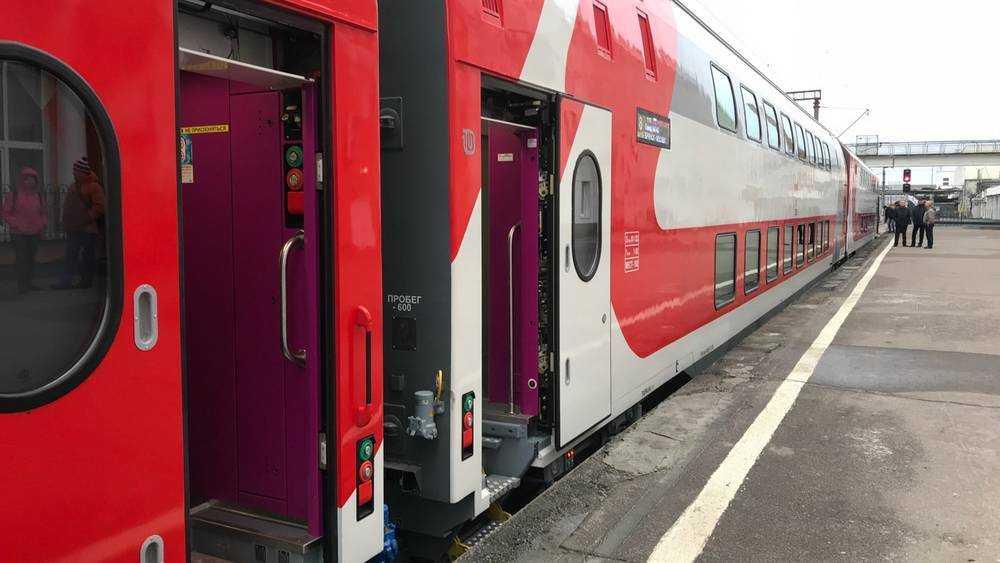 Билеты на двухэтажный поезд «Иван Паристый» можно приобрести от 555 рублей