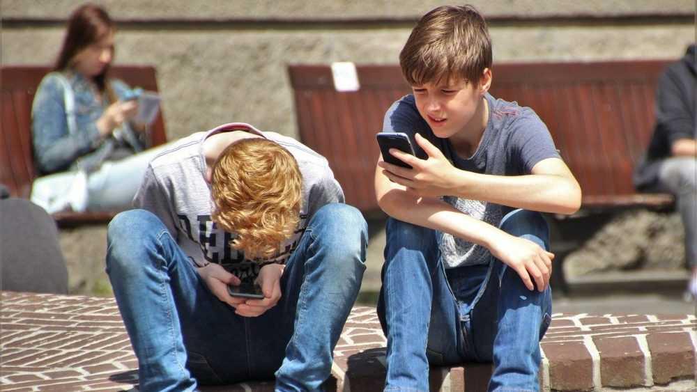Операторы связи предупредили россиян о росте тарифов
