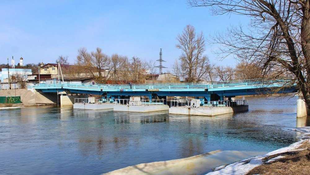 В Брянске на набережной построят мост