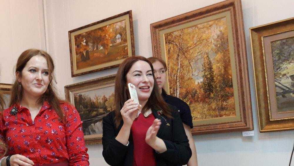 Брянцев пригласили на открытие новой выставки дизайнеров