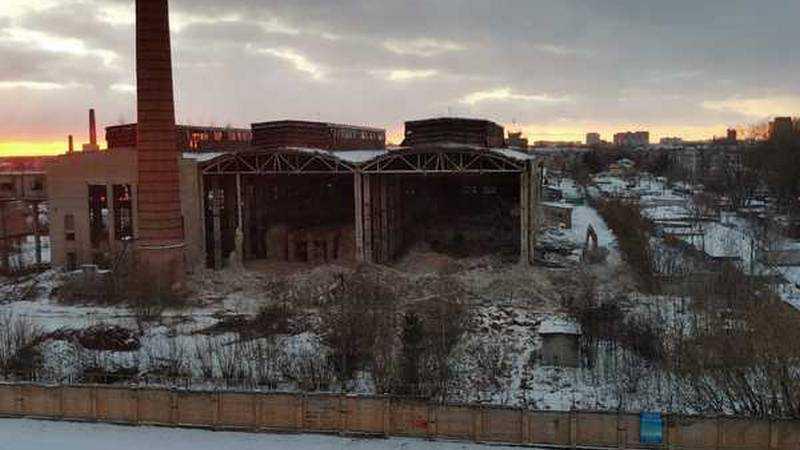 В Брянске сносят старые цеха завода «Литий»