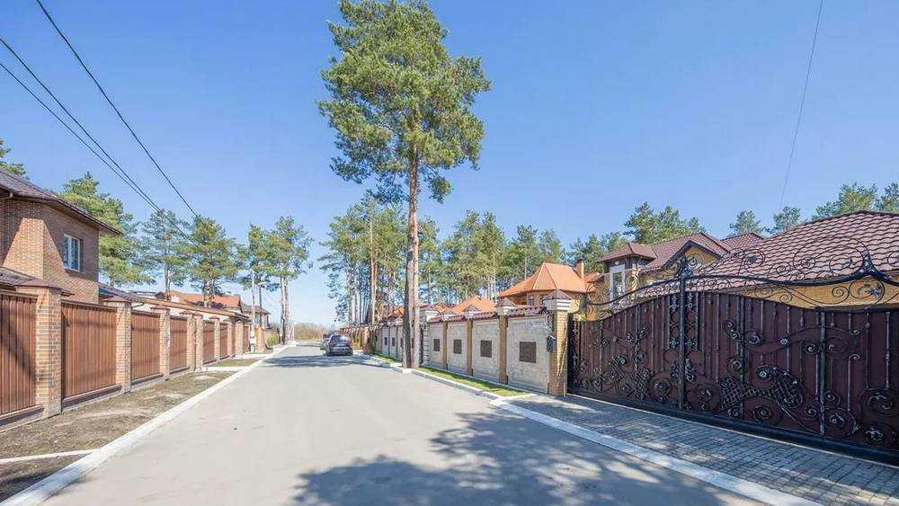 В Брянске цены на дворцы и особняки рухнули