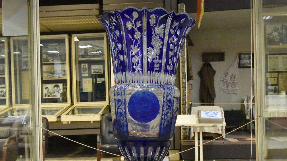 Брянский музей пригласил посмотреть уникальную вазу