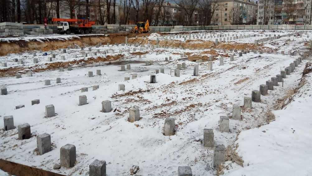 В Бежицком районе Брянска начали строить спорткомплекс с бассейном